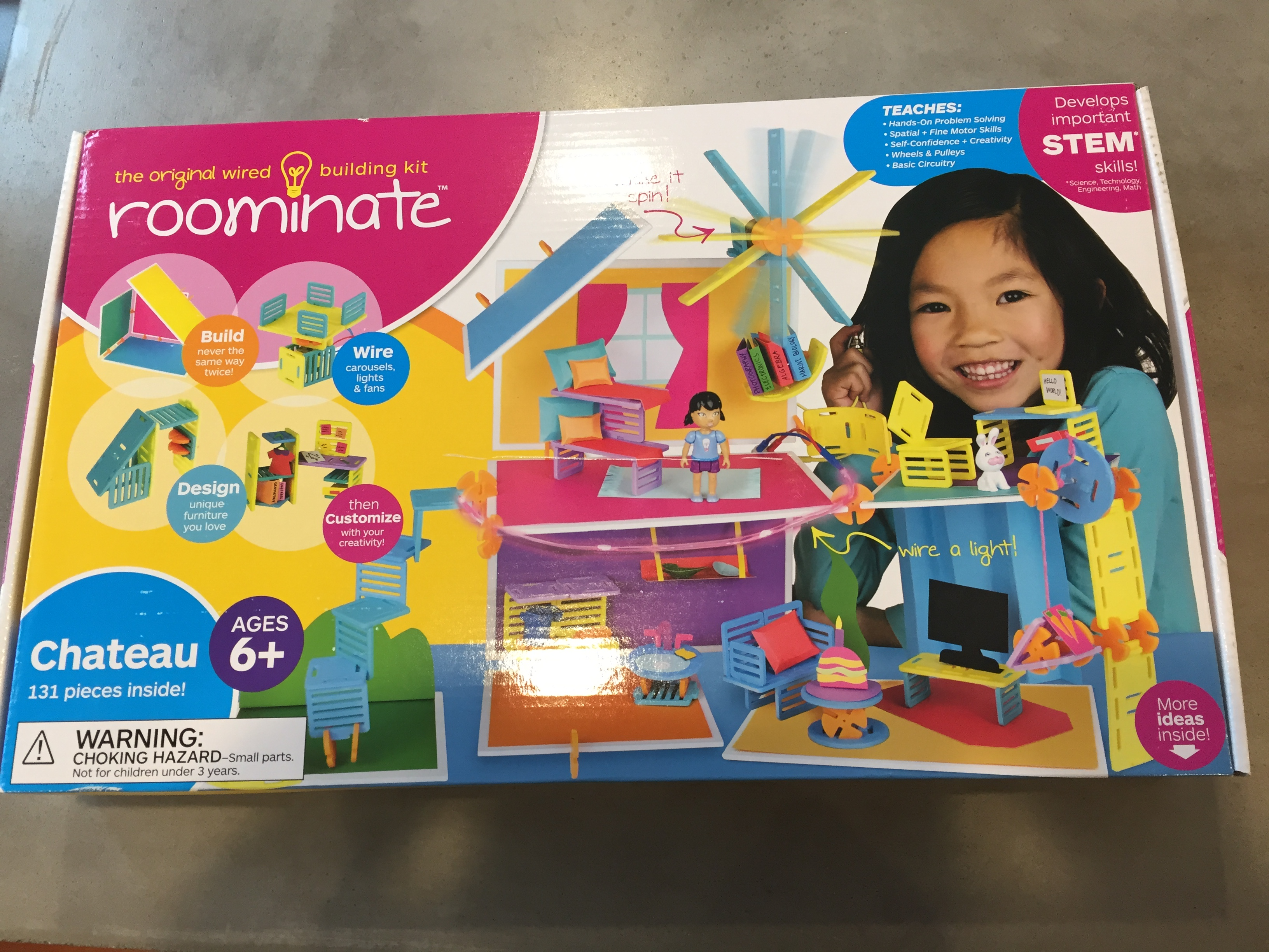 Construction Toys For Girls : Imagine create and play with roominate s construction