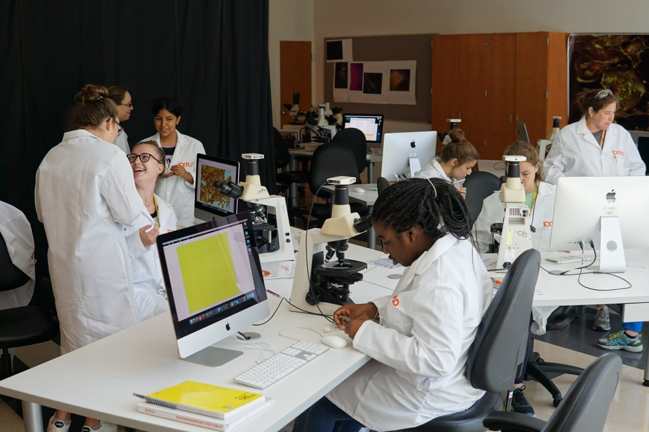 EXPLO_Bioengineering for Girls_Cryogenic Microscopy