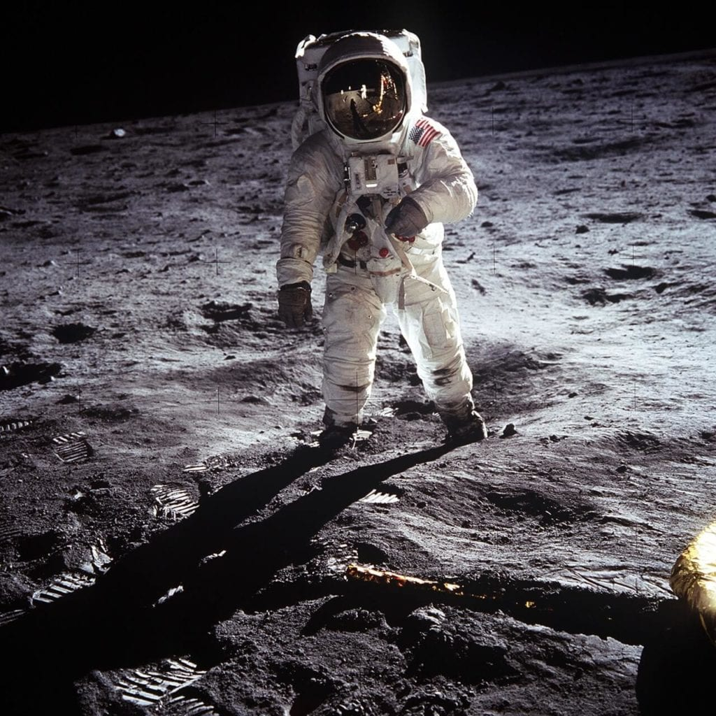 apollo astronaut moon landing