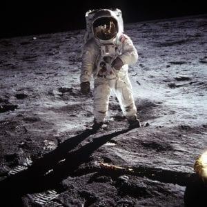 apollo astronaut moon landing